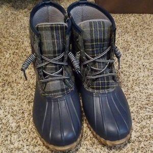 Portland Women's duck boots. Like new.